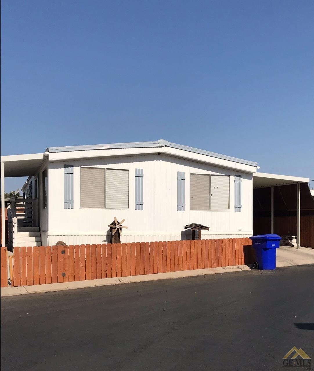 Spacious doublewide 3 bedroom manufactured home 12