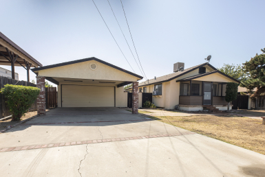 Amazing opportunity to get in to NW Bakersfield for under $250,000 4